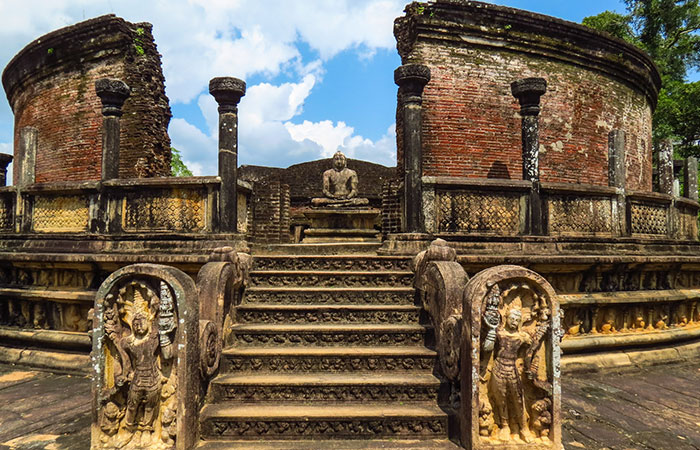 Visit Polonnaruwa ancient city