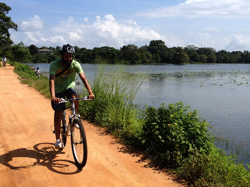 Explore a typical Sri Lankan village by foot or cycles