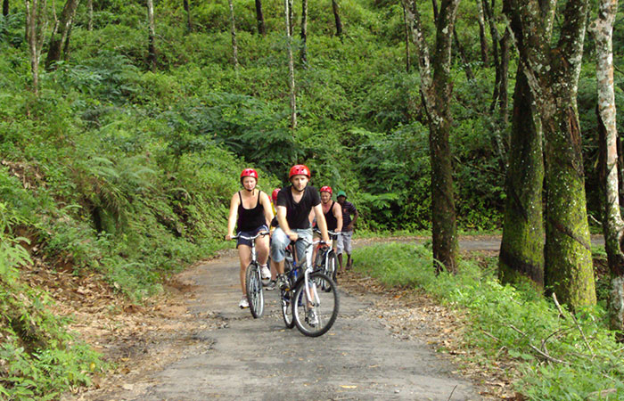 Cycling trip to Pre historic cave of Belilena