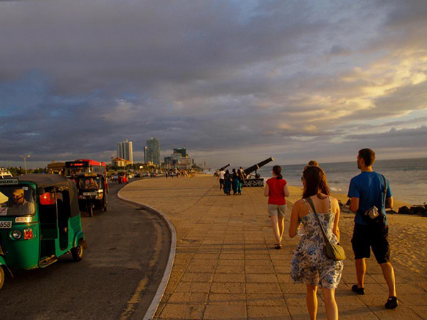 Colombo City Experience | Colombo City Walk Experience | Day tours to Colombo | Things to do in Colombo | Experiences in Colombo