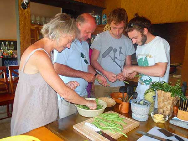Sri lanka Food and Cooking classes | Cooking classes | Food and Cooking classes in Sri lanka | Food and Cooking